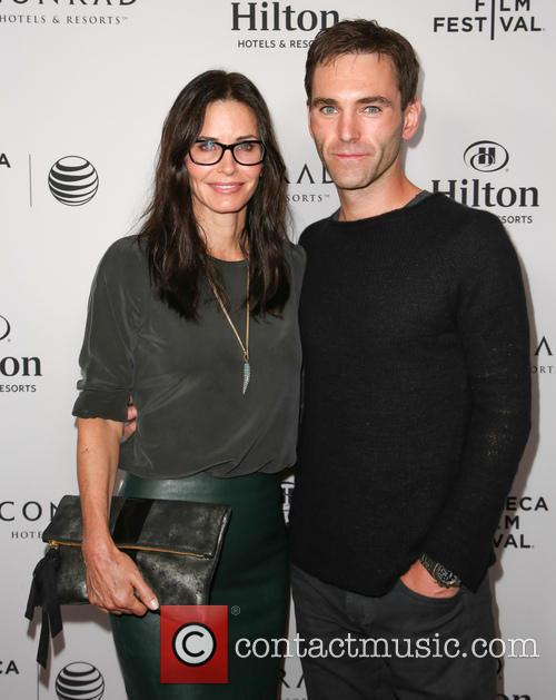Courteney Cox and Johnny McDaid 13