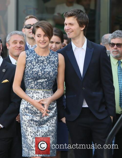 Ansel Elgort and Shailene Woodley 4