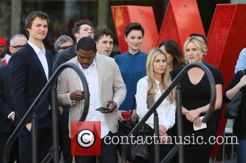 Kate Winslet, Veronica Roth, Mekhi Phifer, Ansel Elgort and Miles Teller 10