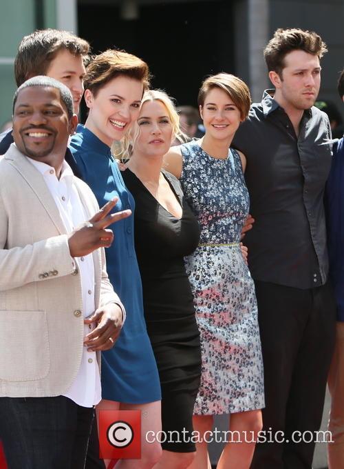 Mekhi Phifer, Veronica Roth, Kate Winslet, Shailene Woodley, Ansel Elgort and Miles Teller 8