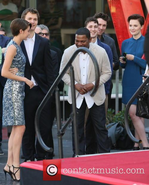 Shailene Woodley, Mekhi Phifer and Veronica Roth 1