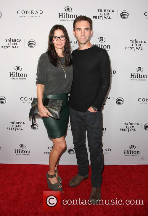 Courteney Cox and Johnny McDaid 9