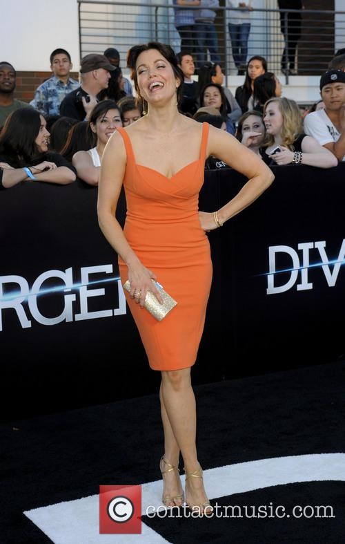 Bellamy Young 6