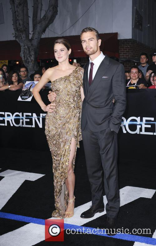 Shailene Woodley and Theo James 2