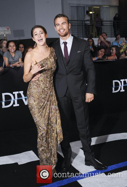 Shailene Woodley and Theo James 3