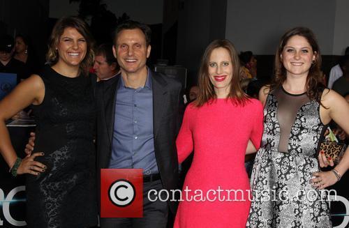 Tony Goldwyn, Liz Goldwyn and Daughters 5