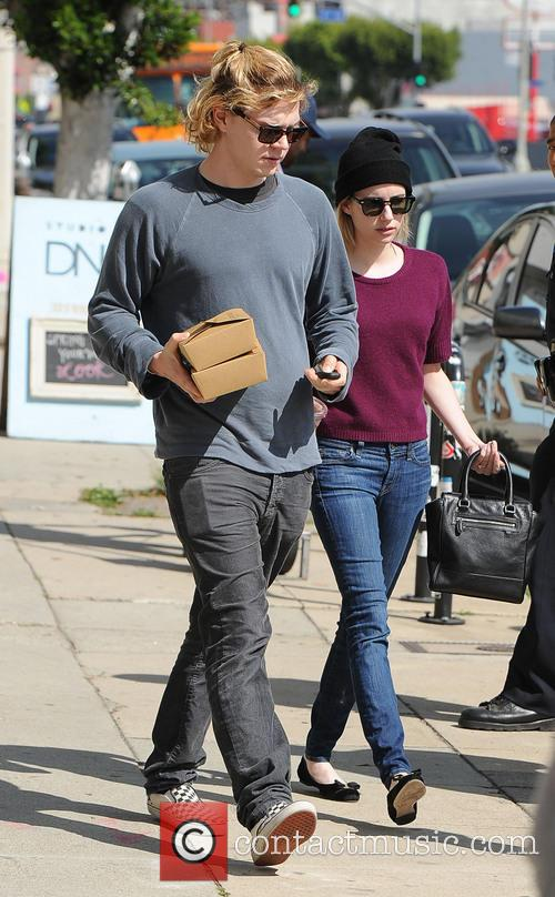 Evan Peters and Emma Roberts_Evan Peters 6