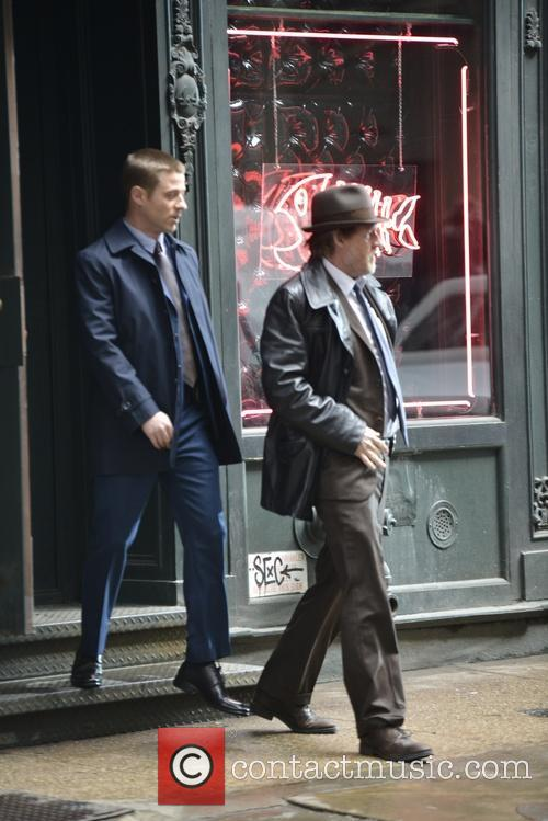 Ben Mckenzie and Donal Logue 11
