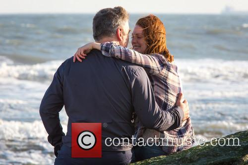 Alec Baldwin and Julianne Moore 11