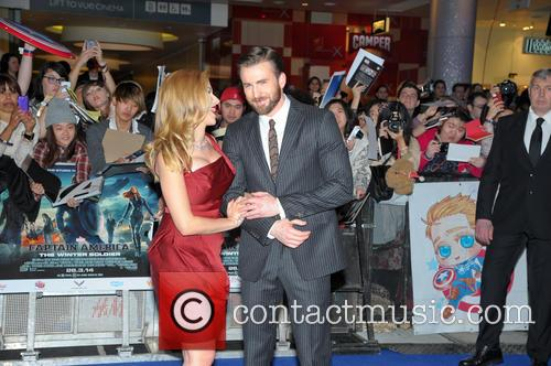 Scarlett Johansson and Chris Evans 6