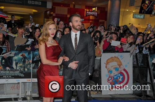 Scarlett Johansson and Chris Evans 8