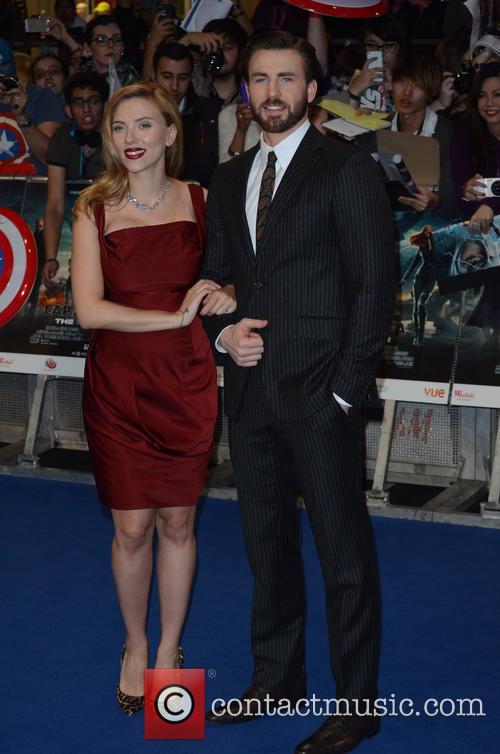 Scarlett Johansson, Chris Evans