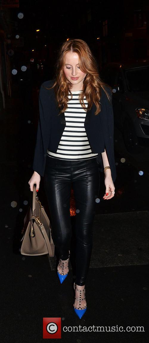 The  and Rosie Fortescue 7