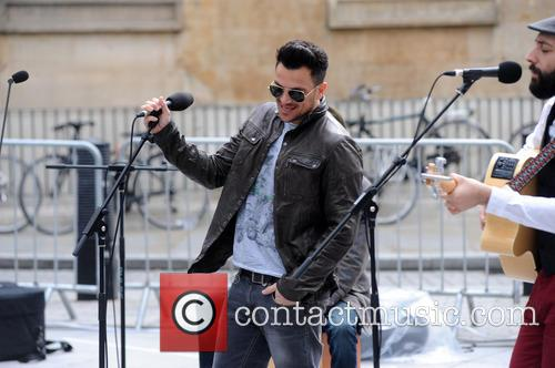 Peter Andre and Jo Whiley 17