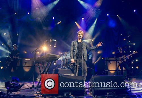 Steve Garrigan and Kodaline 10