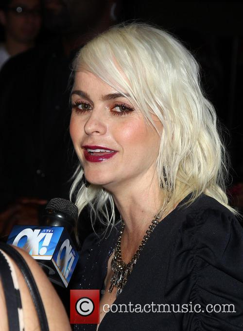 Actress Taryn Manning Host Body English