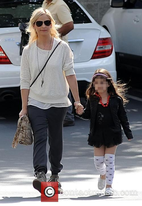 Sarah Michelle Gellar and Charlotte Prinze 3