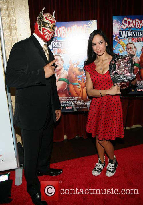 Sin Cara, Wwe Diva Aj Lee and April Jeanette Mendez 2