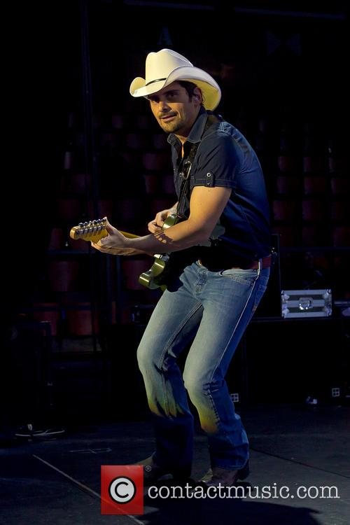 brad paisley brad paisley performing live in 4122741