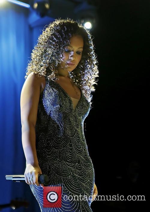 Rebecca Ferguson 33