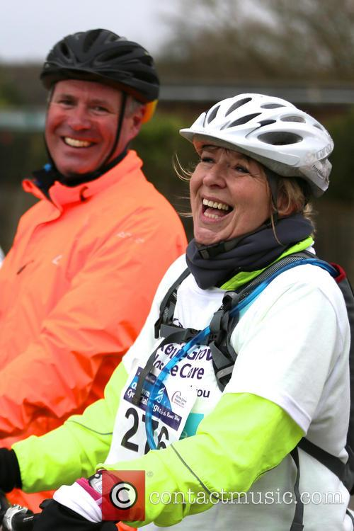 fern britton undertakes the chilterns cycle 4121980