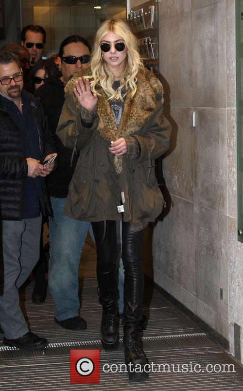 Taylor Momsen 6
