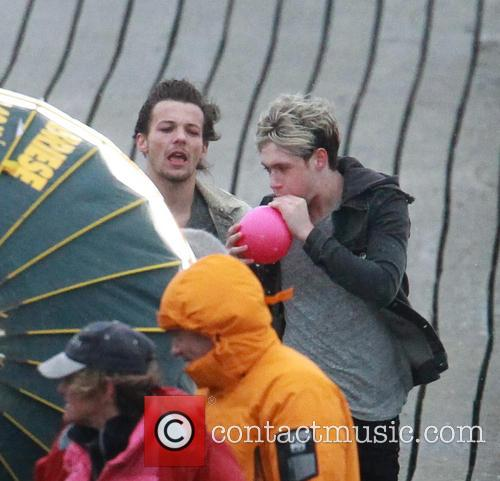Louis Tomlinson and Niall Horan 4