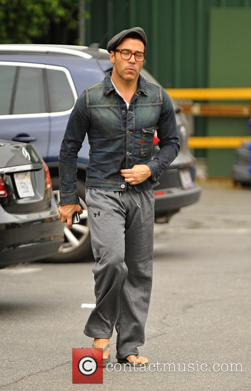 Jeremy Piven Shopping At Whole Foods