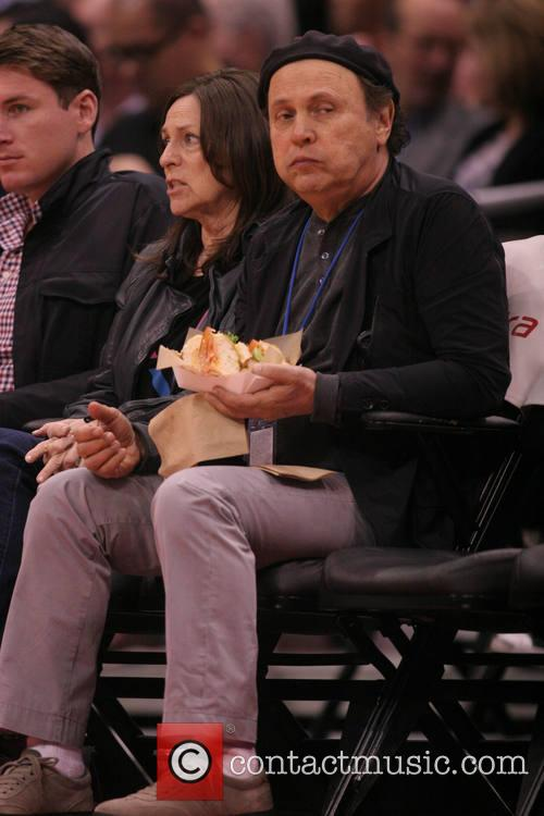 Celebs at the Clippers game.