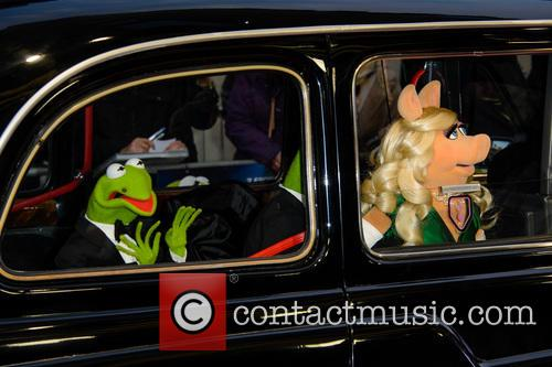 Kermit and Miss Piggy at 'Muppets Most Wanted' premiere