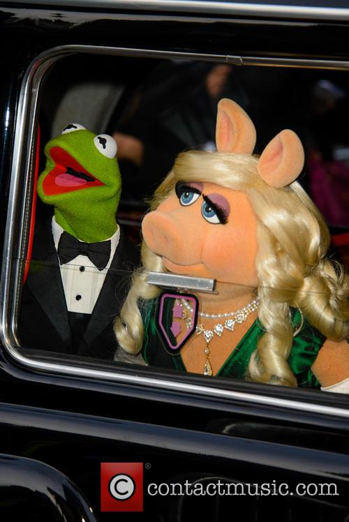 Constantine, Kermit The Frog and Miss Piggy 6