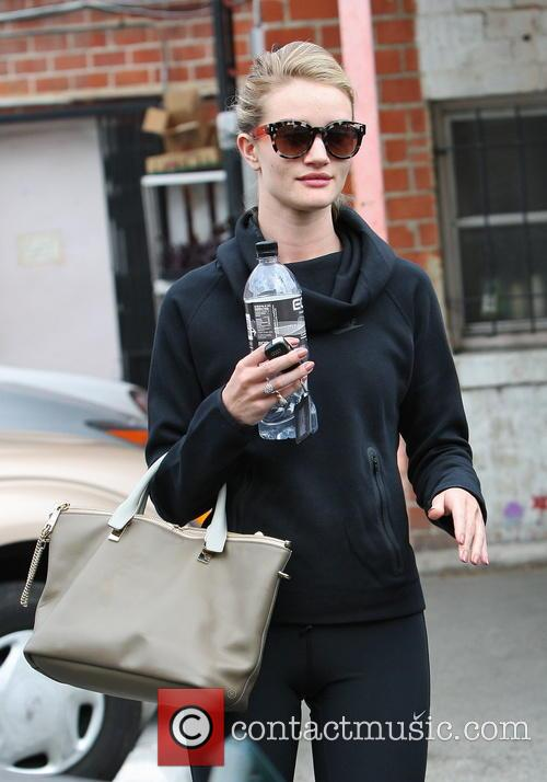 Rosie Huntington-Whiteley Leaving Her Gym
