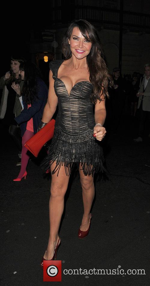 lizzie cundy i cant sing opening night 4127215