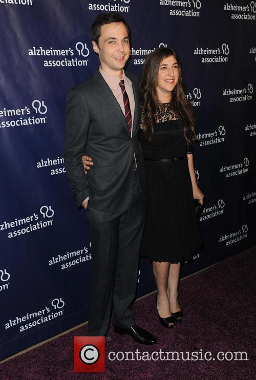Jim Parsons and Mayim Bialik 3