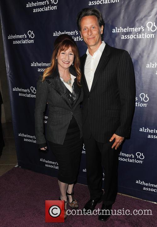 Vicki Lewis and Steven Weber