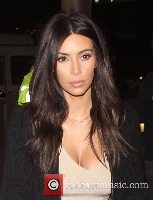 Kim Kardashian, Los Angeles International Airport (LAX)