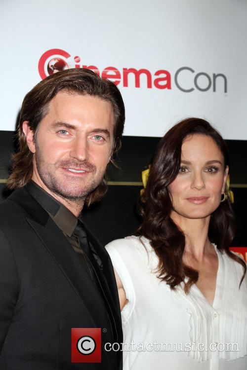 richard armitage sarah wayne callies warner bros presentation 4129121
