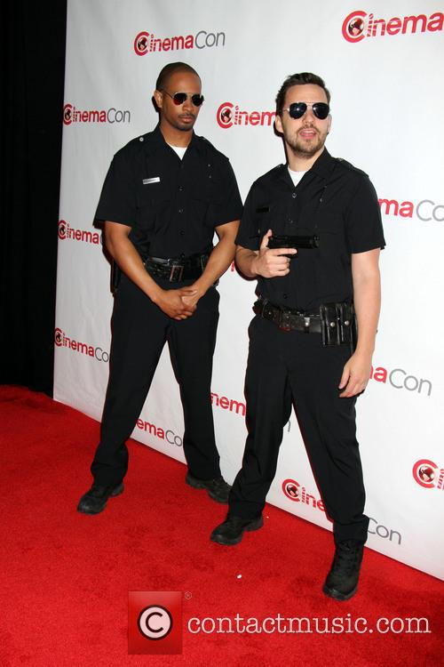 Daymon Wayans Jr and Jake Johnson 1