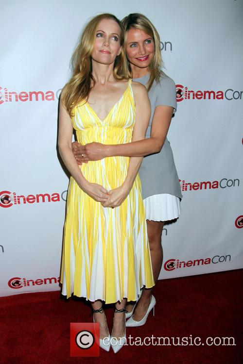 Leslie Mann and Cameron Diaz 2