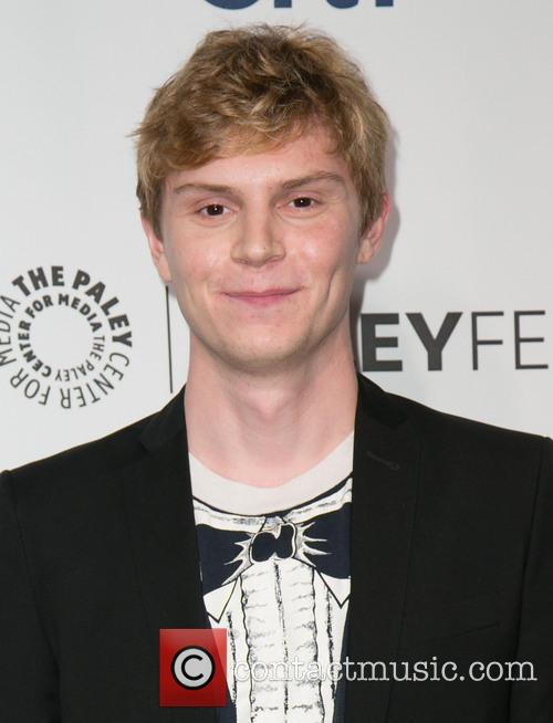 Evan Peters 2