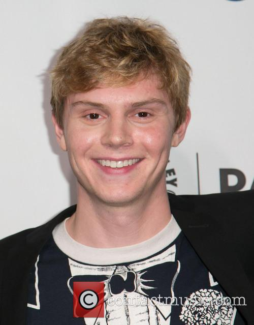 Evan Peters 3