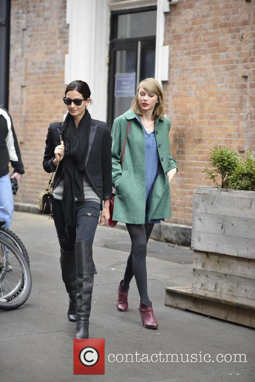 Lily Aldridge and Taylor Swift 13