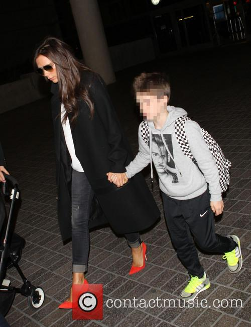 Victoria Beckham and Cruz Beckham 6