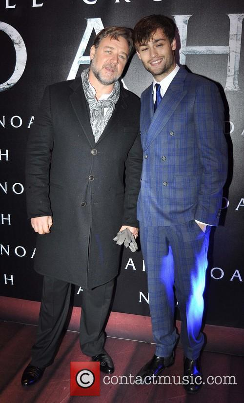 Russell Crowe and Douglas Booth 3
