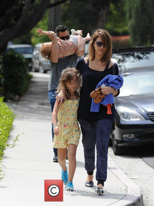 Jessica Alba, Cash Warren, Honor-Marie Warren and Haven Warren 13