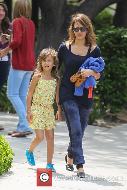 Jessica Alba and Jaime King 7