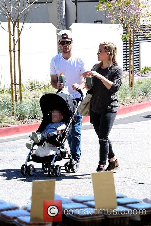 Hilary Duff, Mike Comrie and Luca 8