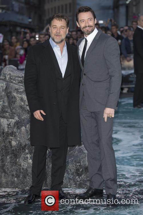 Russell Crowe and Hugh Jackman 9