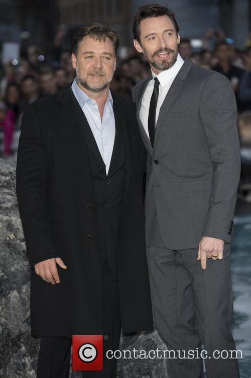 Russell Crowe and Hugh Jackman 11