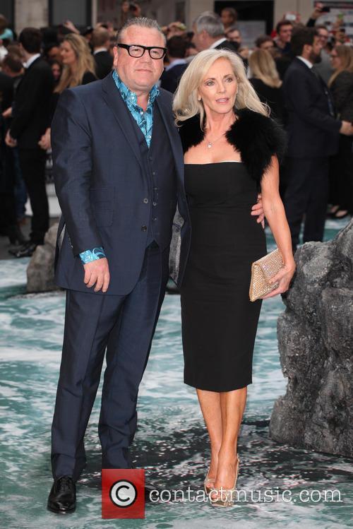 Ray Winstone and Elaine Winstone 4